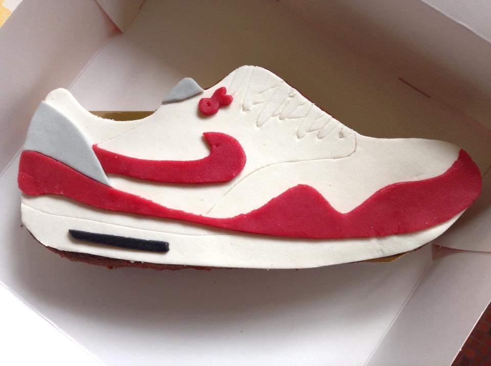 Nike_JB-1530338508.jpg