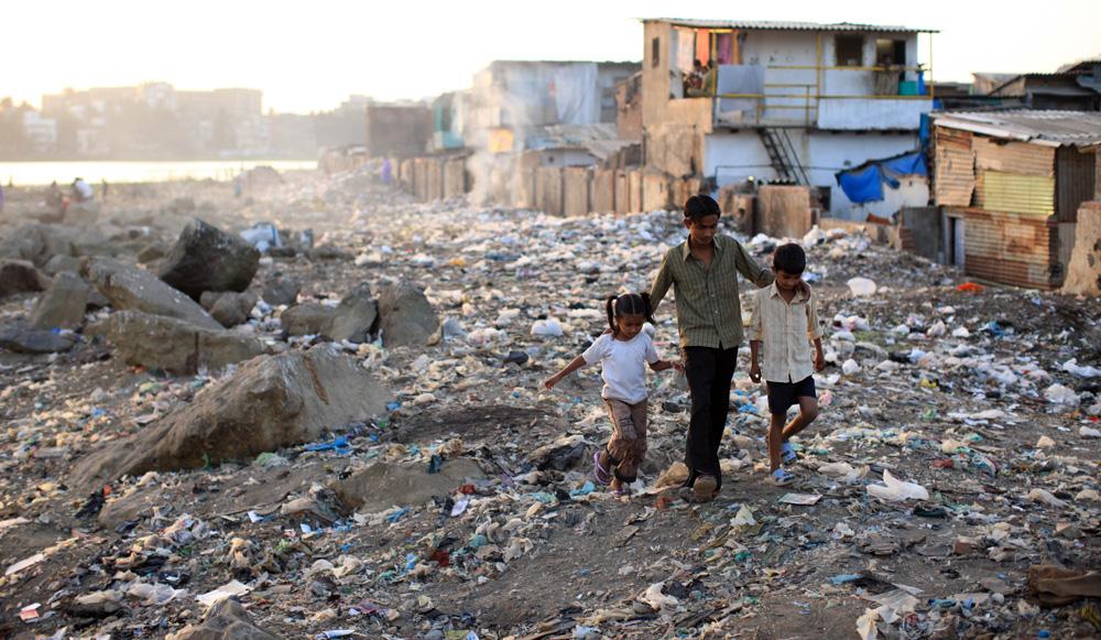 Le-vrai-bidonville-de-Slumdog-Millionaire-1427579634.jpg