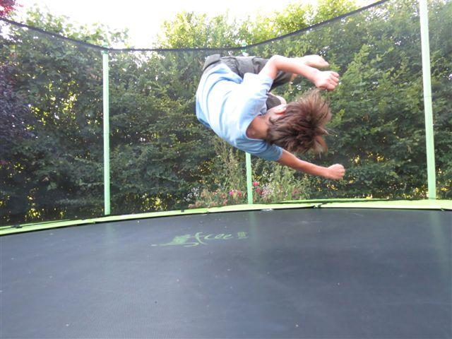 trampoline-1427912091.JPG